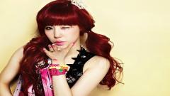 Cute Red Hair Wallpaper 35161