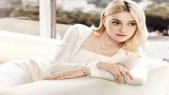 Dakota Fanning Wallpaper 15700