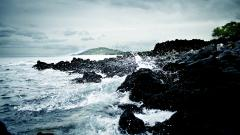 Fantastic Rocky Shore Wallpaper 33984