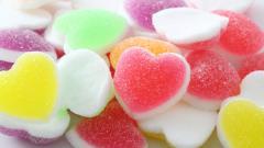 Free Heart Candy Wallpaper 42360