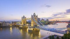 Thames River 32558