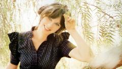 Zooey Deschanel Smile 6183