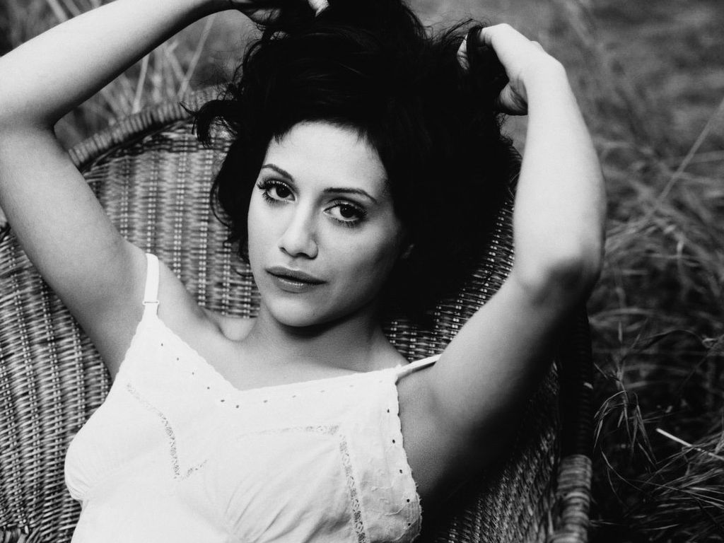 vintage brittany murphy 19054