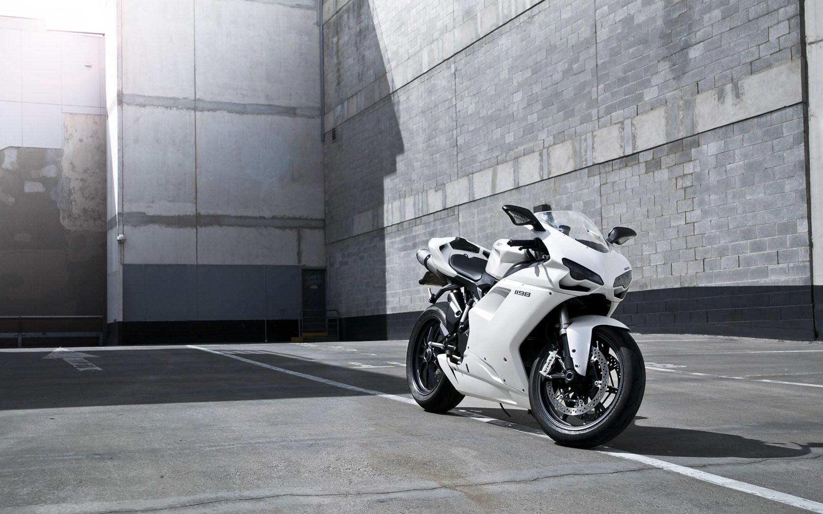 white bike wallpaper 33030