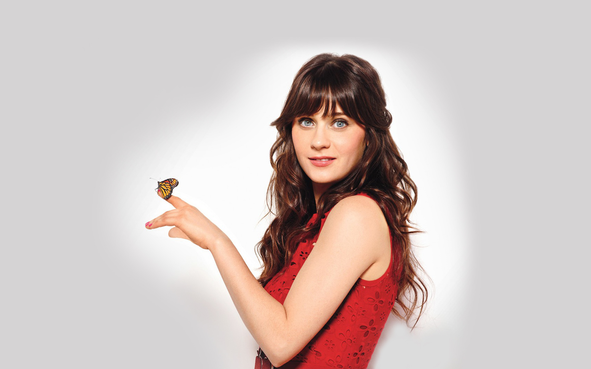 ... is complete, you can set Zooey Deschanel 6170 as your background