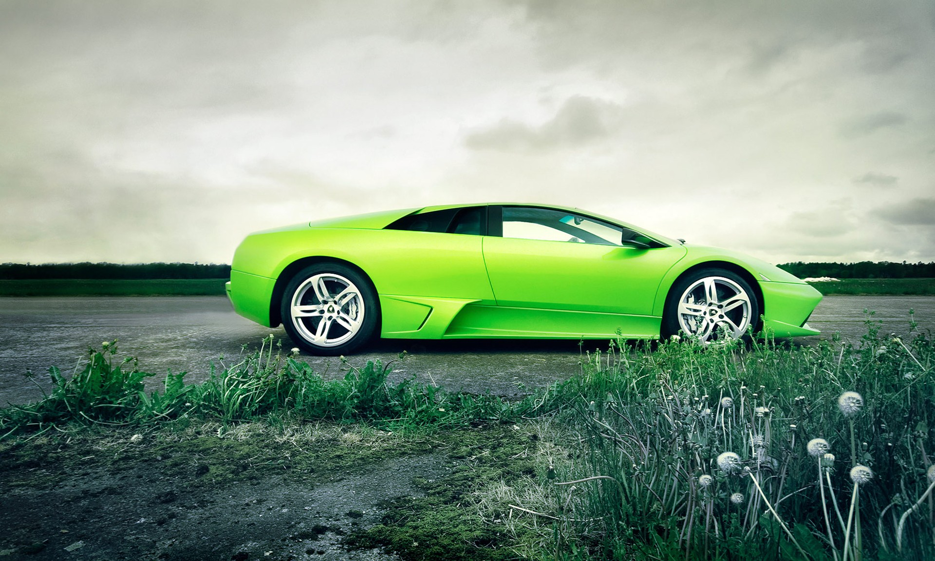 green sports car wallpaper - photo #27