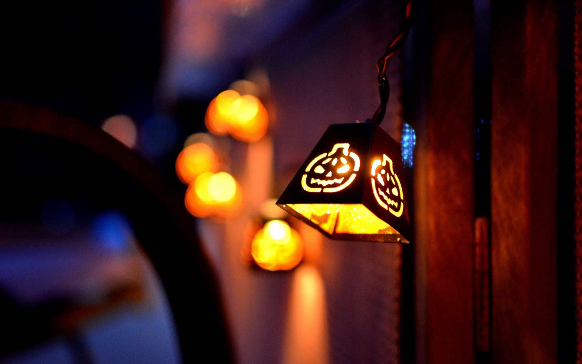cute halloween lantern wallpaper 41107