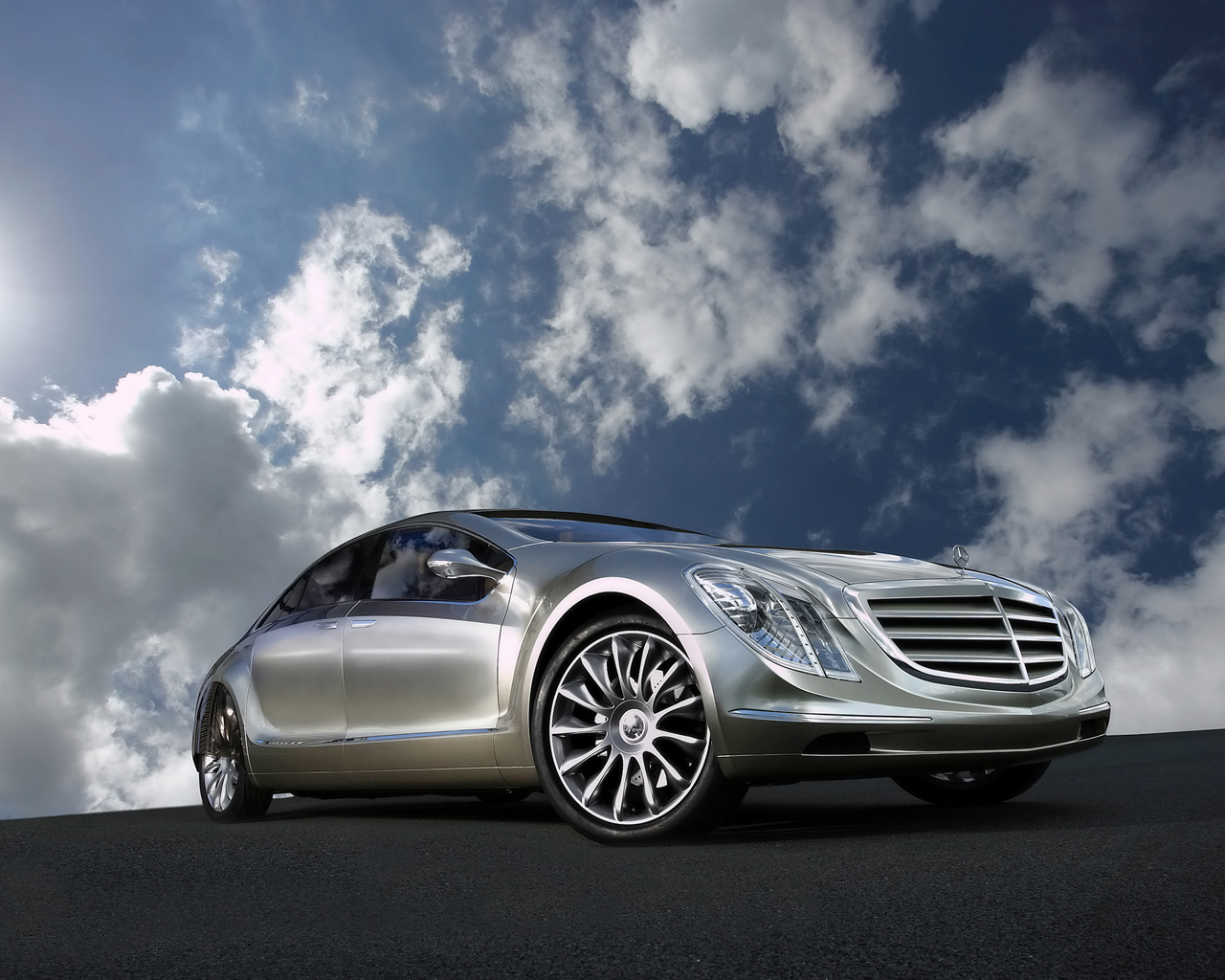 free mercedes wallpaper 23516