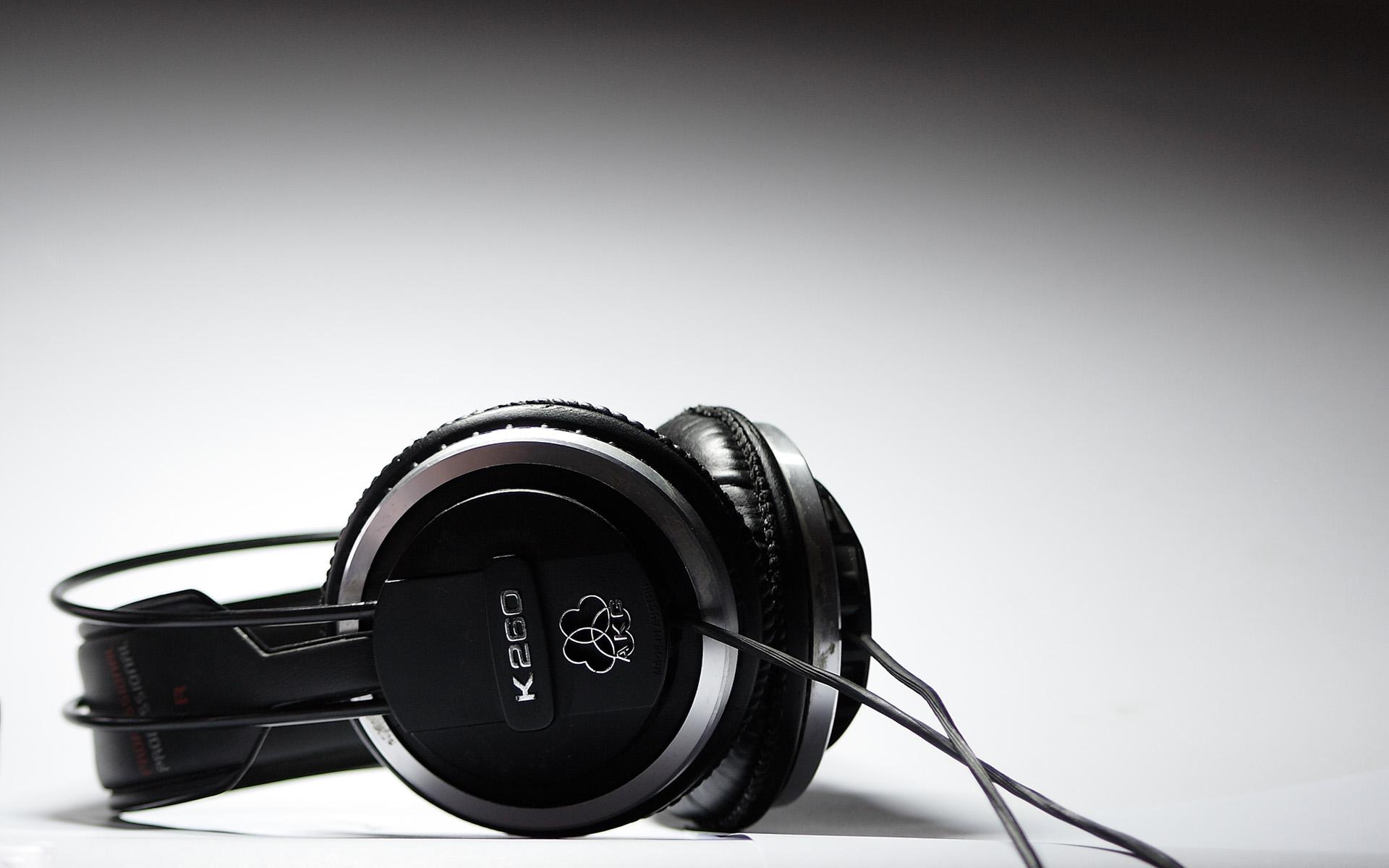 headphones wallpaper 35695