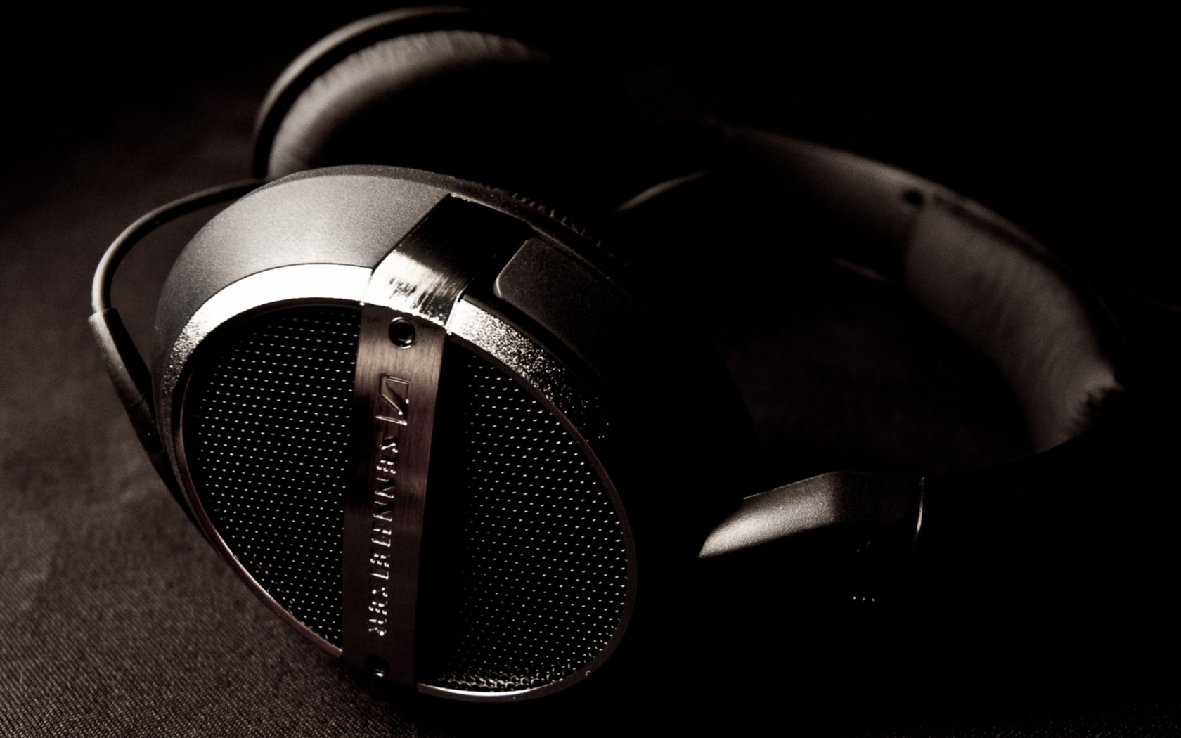 headphones wallpaper 35696