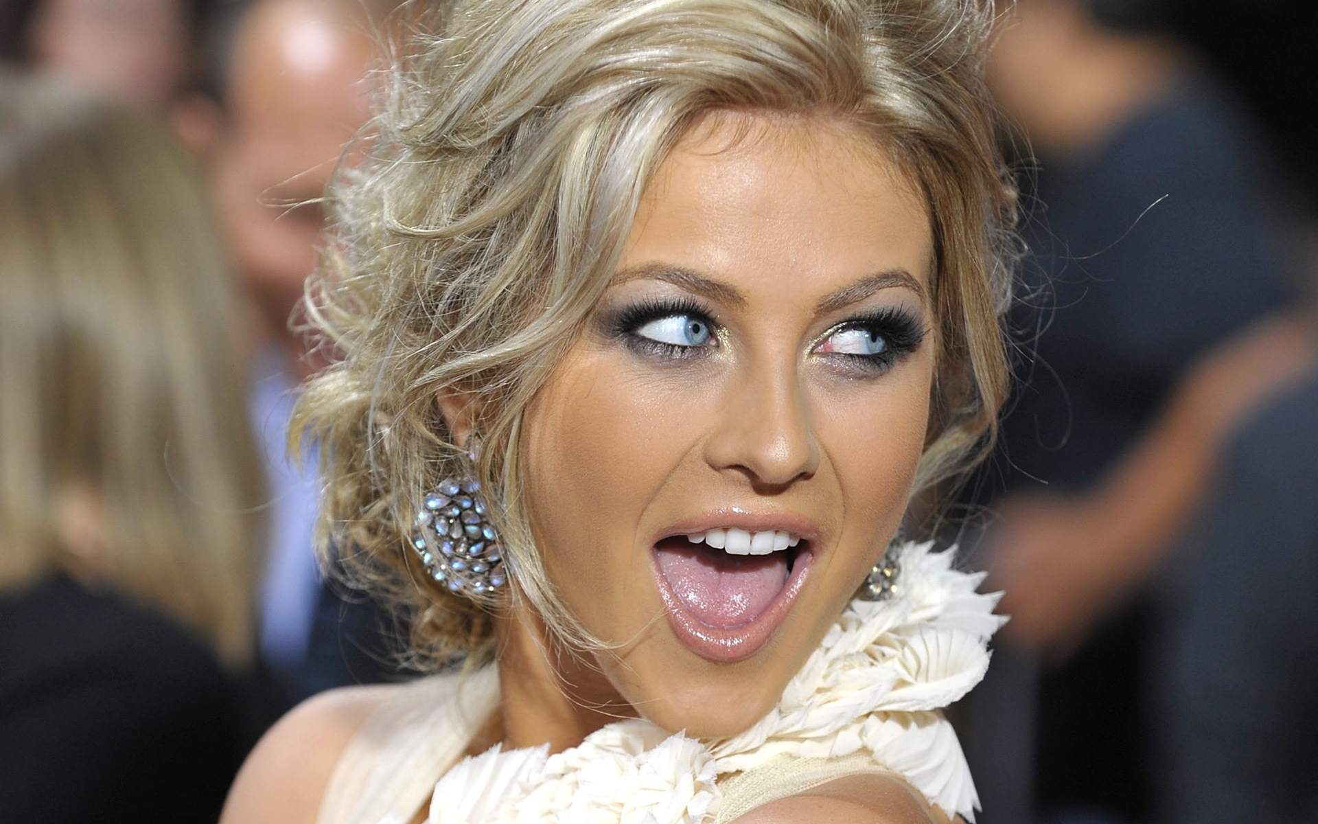 julianne hough 30908