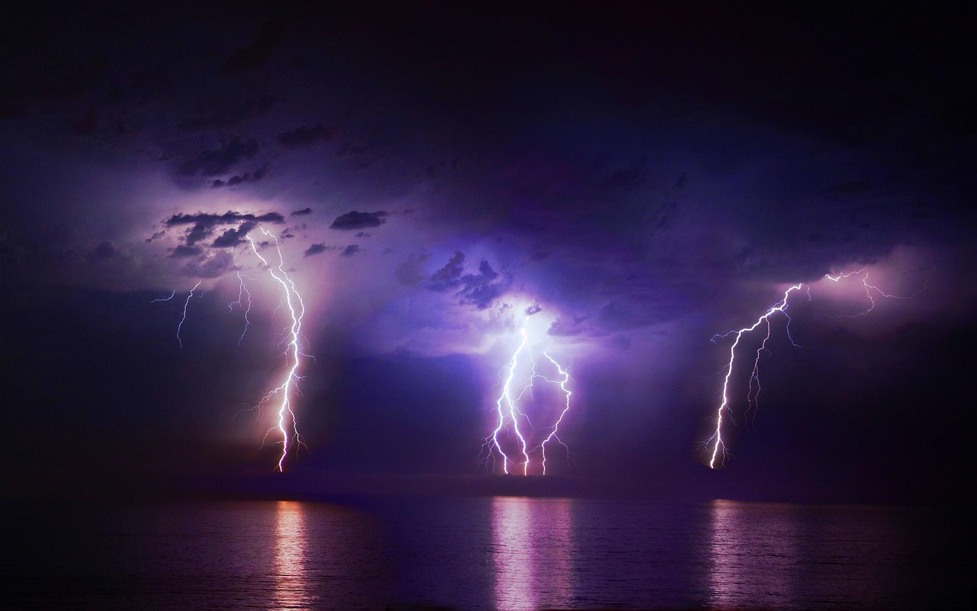 lightning hd 33475