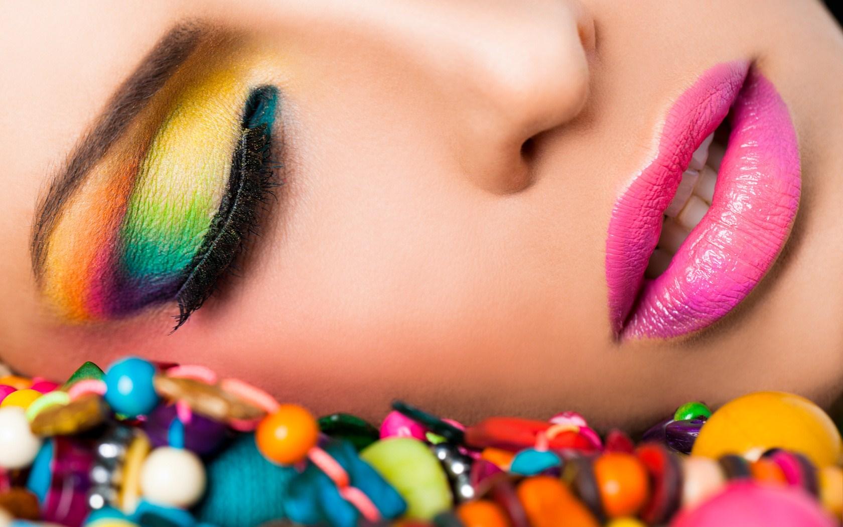 animated makeup wallpaper - photo #35