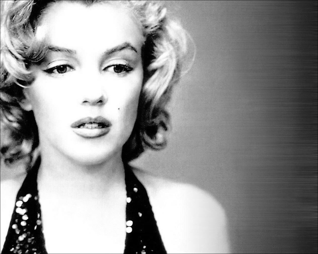 Marilyn monroe images free download impremedia marilyn monroe wallpaper 17639 voltagebd Image collections