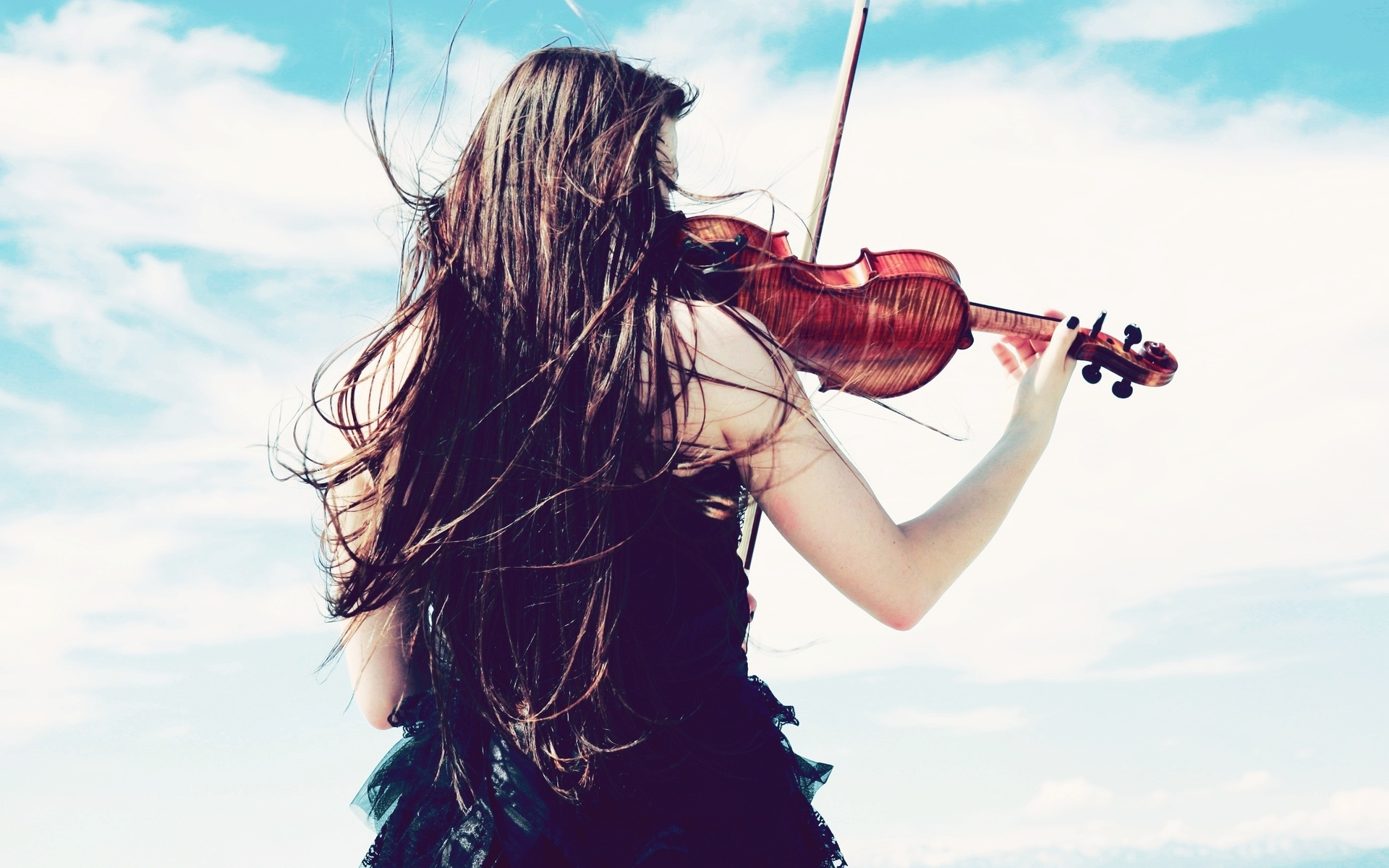 pretty violin wallpaper 34031