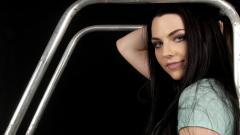 Amy Lee 10203