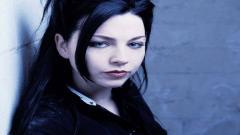 Amy Lee 10210
