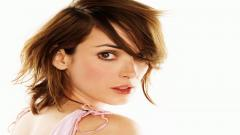 Beautiful Winona Ryder 41054