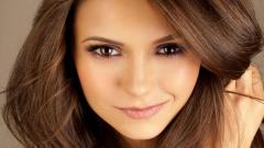 Brunette Wallpaper 32203