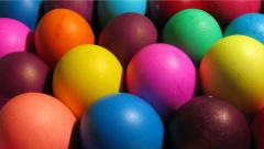 Colorful Easter Eggs Background 28246