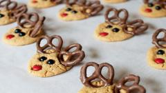Cute Holiday Cookies Wallpaper 41099