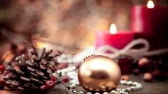 Lovely Holiday Candles Wallpaper 41089