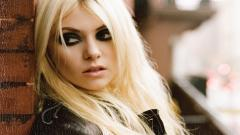 Sexy Taylor Momsen Wallpaper 24868