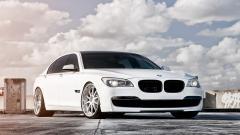 White BMW 32590