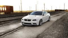 White BMW HD 32601