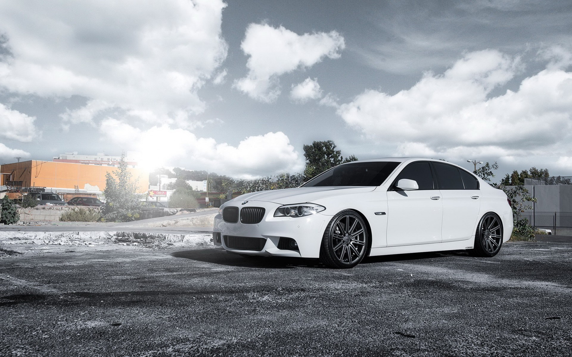 white bmw wallpaper 32589