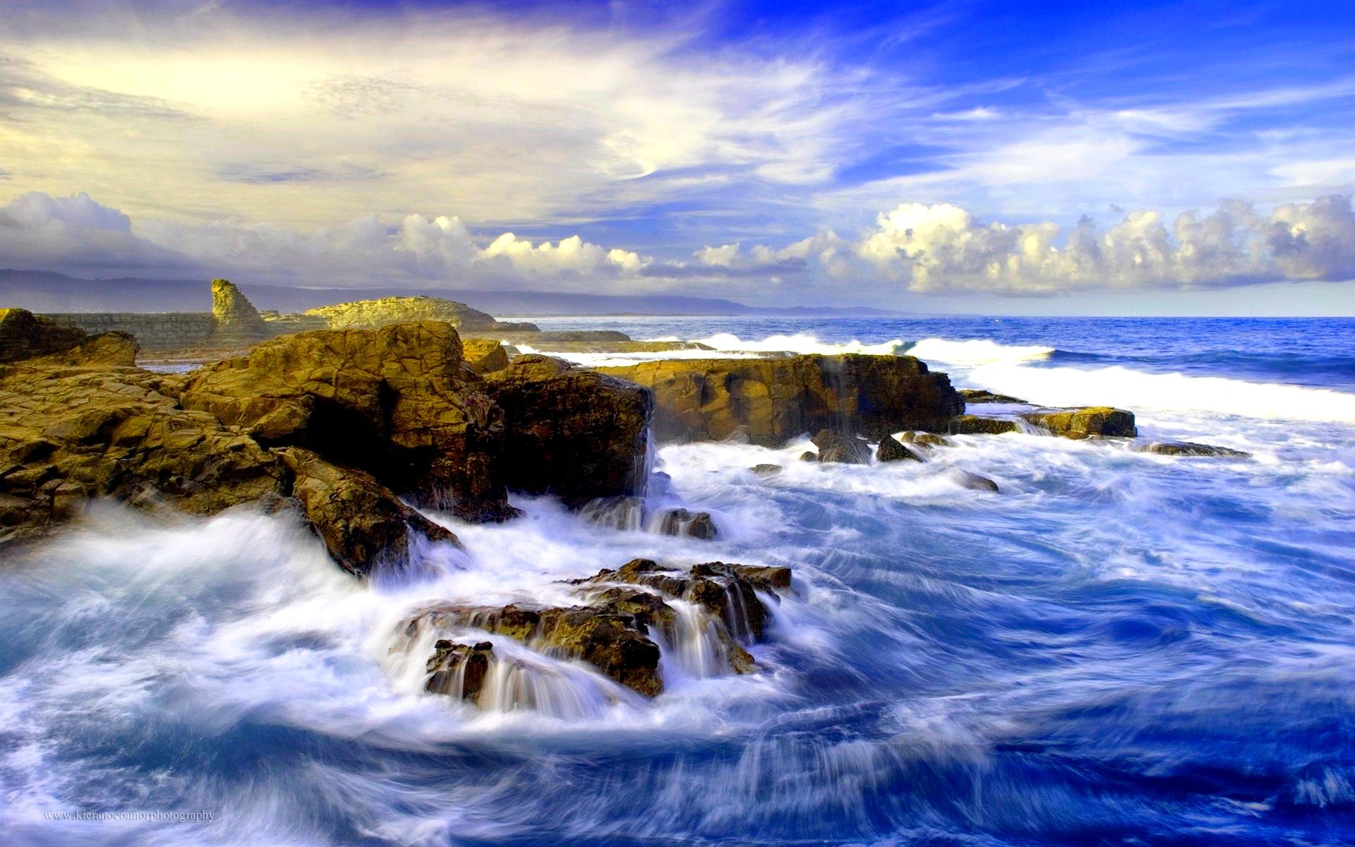 crashing waves wallpaper 35057