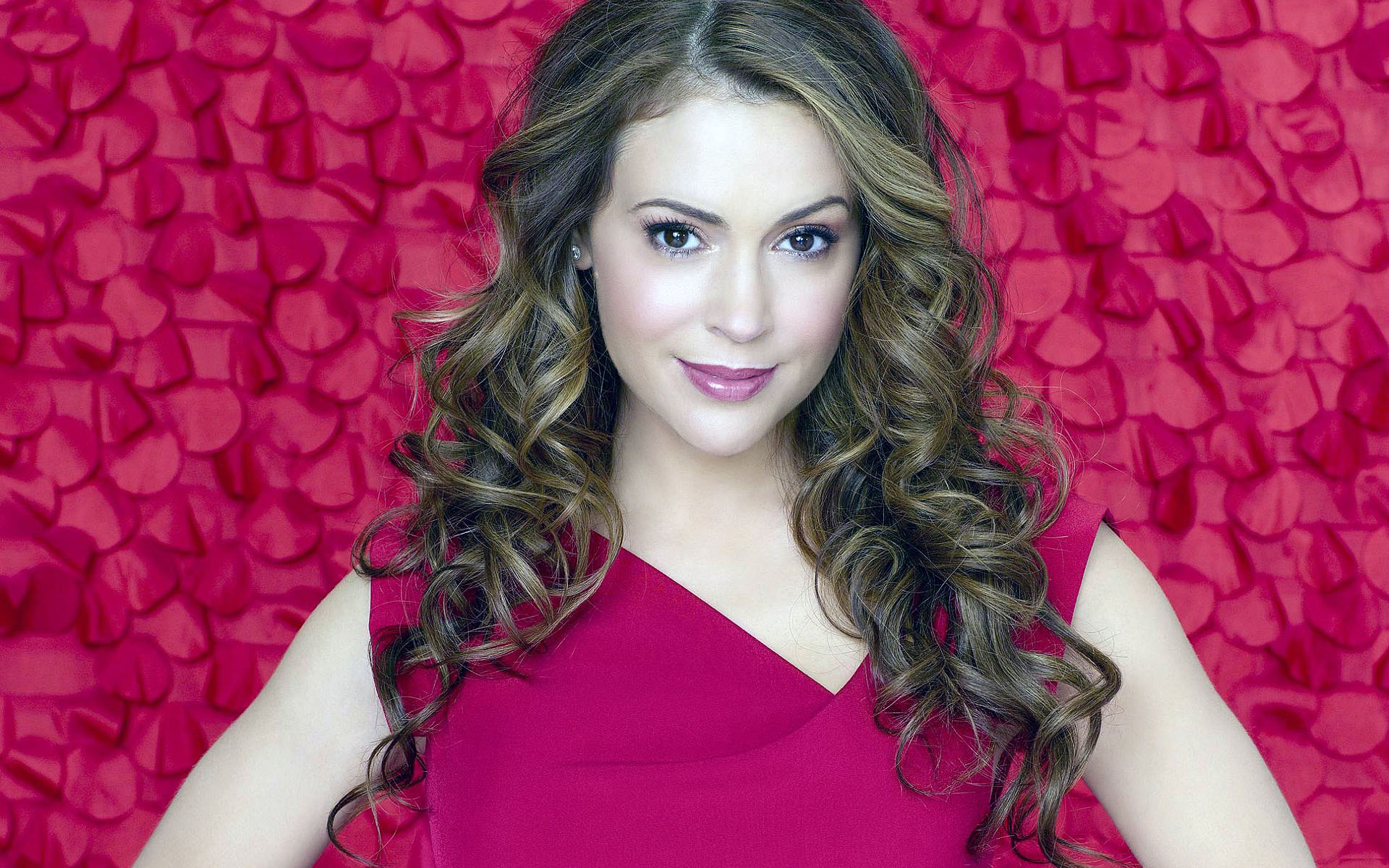 free alyssa milano wallpaper 19706