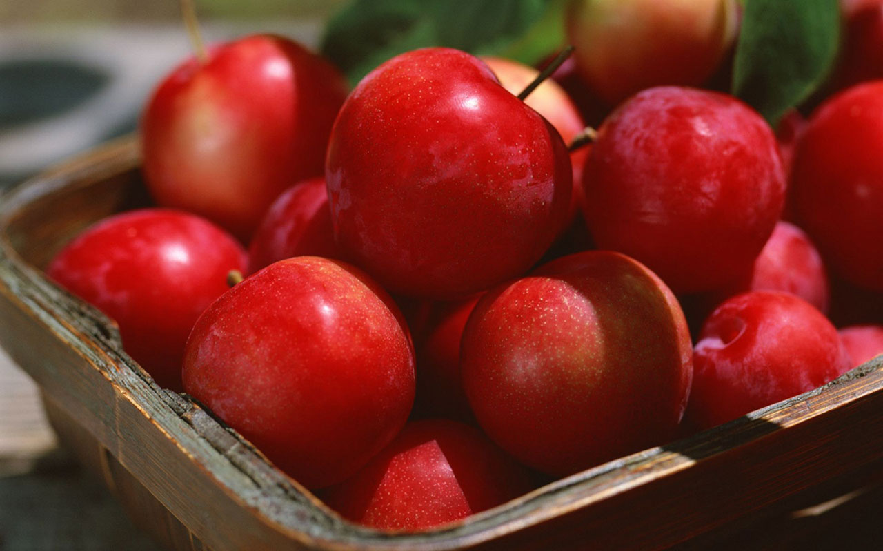 red apple pictures 34686