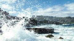 Awesome Crashing Waves Wallpaper 35054