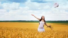 Beautiful Happy Mood Wallpaper 44000