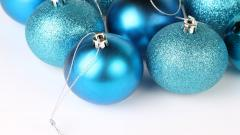 Christmas Ornaments Wallpaper 38741