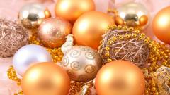 Fantastic Christmas Ornaments Wallpaper 38752