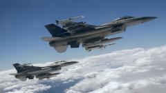 Fantastic f16 Wallpaper 40824