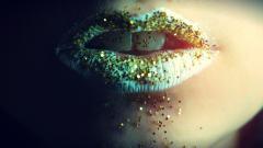 Glitter Lips Wallpaper 24902