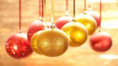 Gold Christmas Ornaments Wallpaper 38749