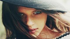 Lovely Girl 28438
