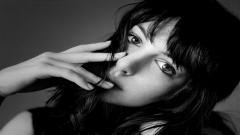 Pretty Anne Hathaway Wallpaper 42188