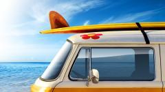 Surfing Wallpaper 31599