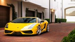 Yellow Lamborghini Wallpaper 35101