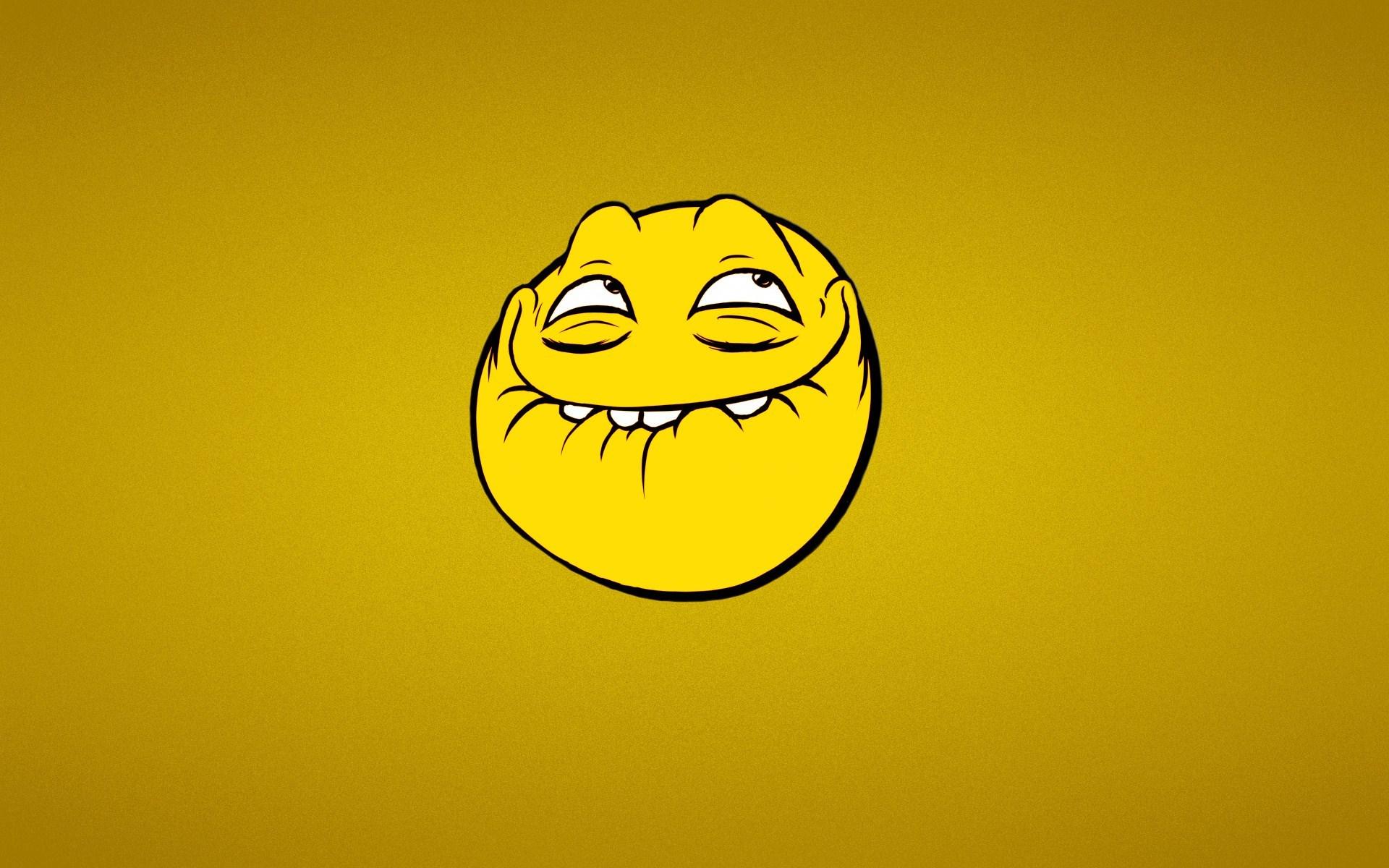 funny smile wallpaper 47825