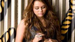 Miley Cyrus Wallpaper 47632