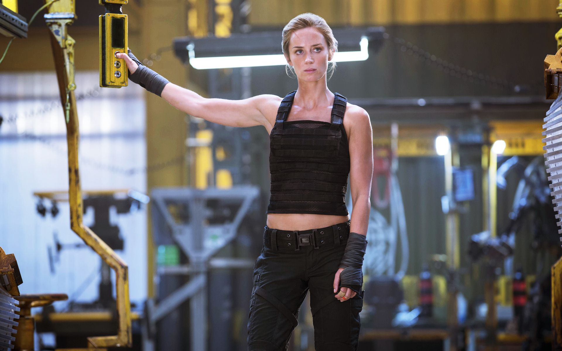 emily blunt edge of tomorrow wallpaper 46820