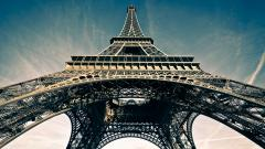 Stunning Eiffel Tower Wallpaper 45785