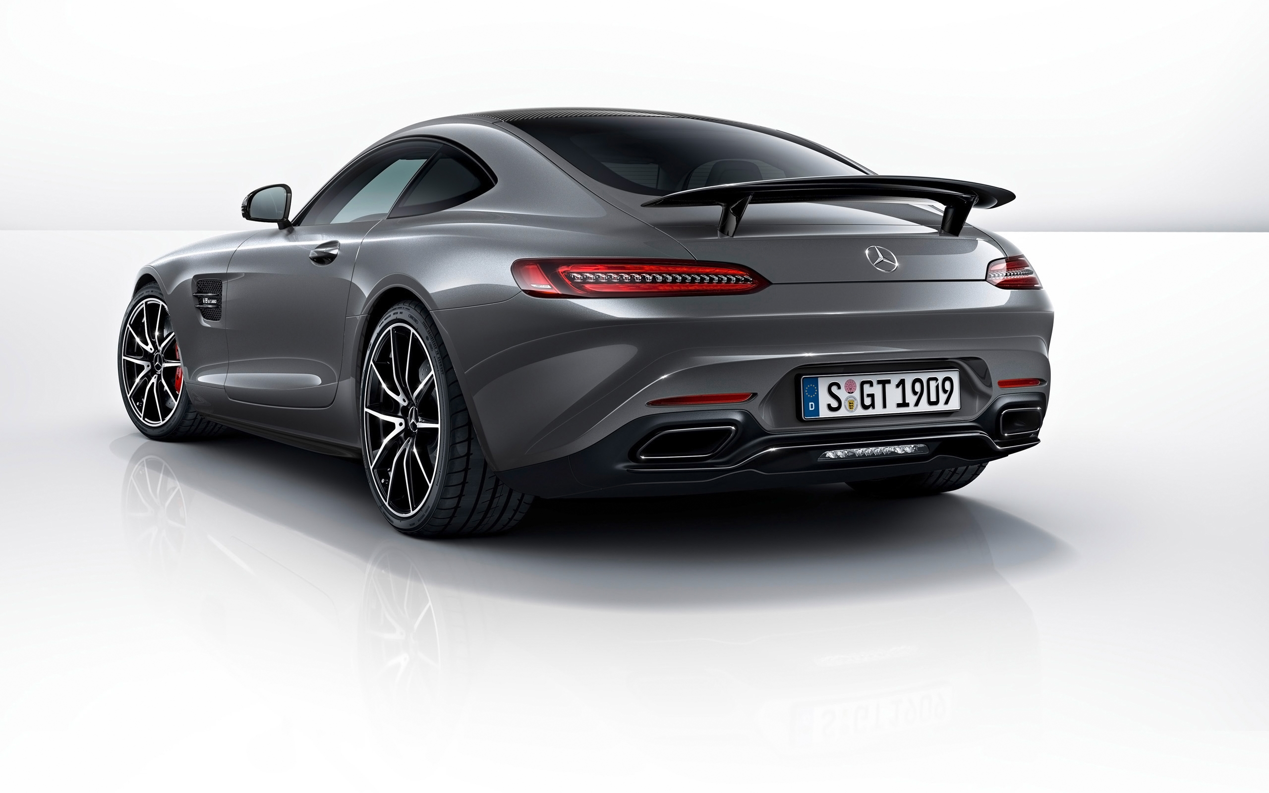 2015 mercedes amg gt s edition rear view wallpaper 47561