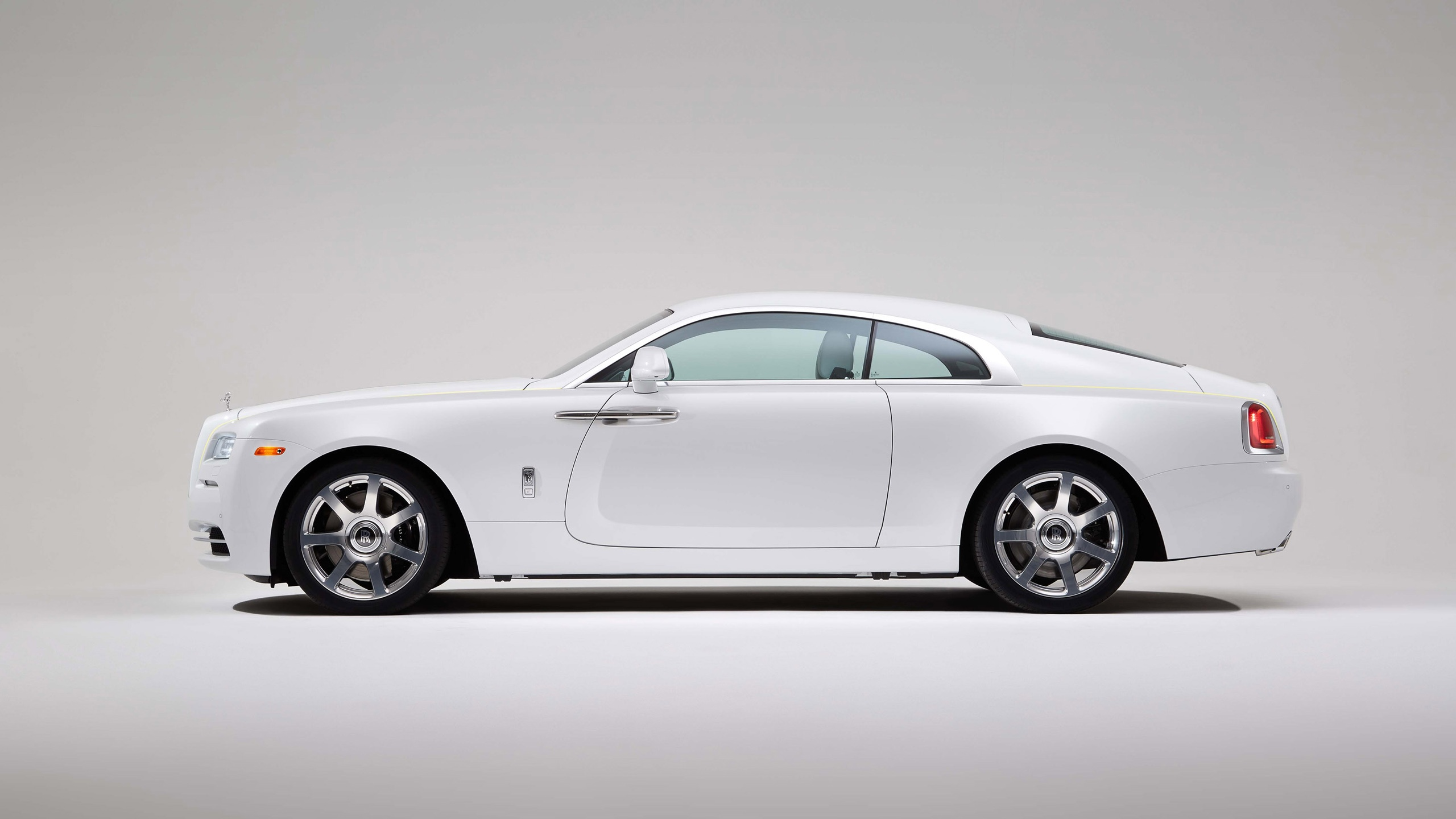 2015 rolls royce wraith side view wallpaper 47547